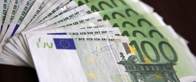 100 euro kredit